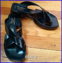 Super cool Robert Clergerie/Barneys New York patent leather sandals-SZ 7